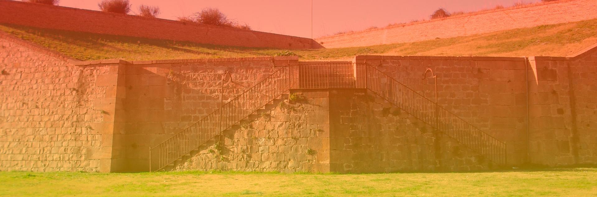 Muralla del Castillo de Montjuic